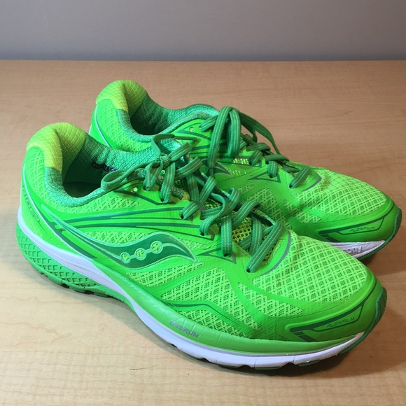 b3a6f8a5 Nearly new SAUCONY neon running shoe Ride 9